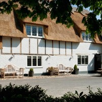 Little Gems Country Dining - The Swan Inn