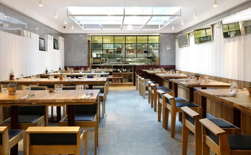 Rosa's Thai Cafe Interior 4 - Angel