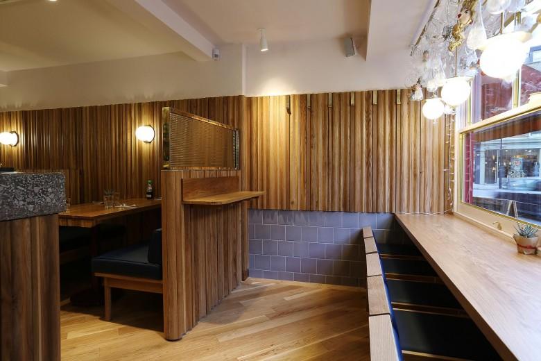 Rosa's Thai Cafe Interior 5 - Angel