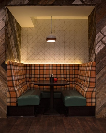 Gourmet Burger Kitchen - Baker Street - Dining Booth